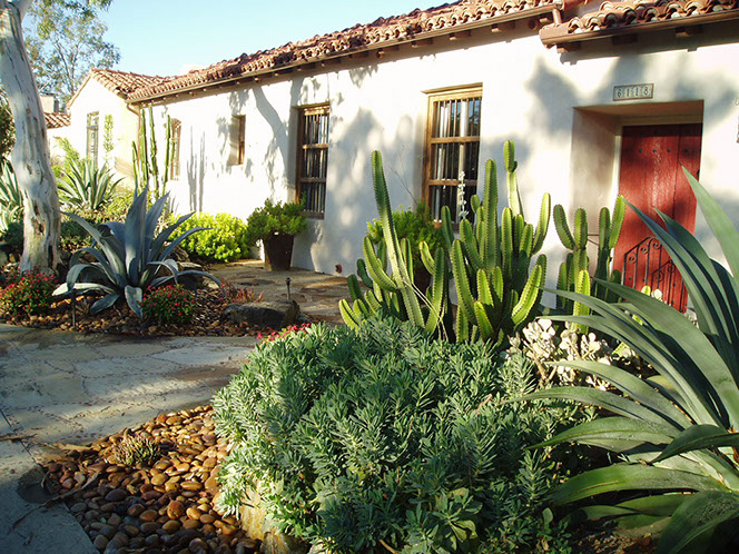 Rancho Santa Fe Lilian Rice Row Home